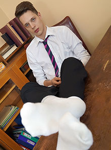 Will Simon white socks foot fetish