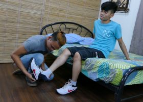 Mikal Loves Felixs Feet