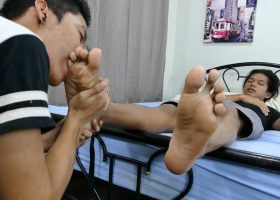 Clark and Idol Love Feet Sex